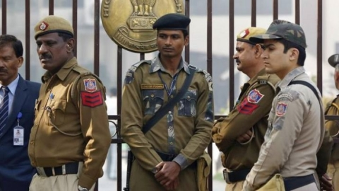 UP: SP revokes order to take ₹100 from police officials
