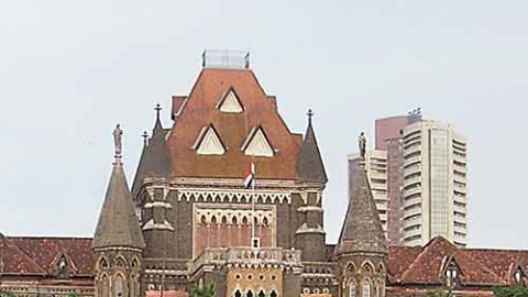 Custodial death: Bombay HC orders trial of 8 railway cops for murder