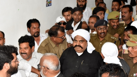 CBI raids houses of former MP Ateeq Ahmad while he's in prison