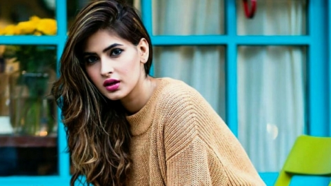 Karishma Sharma: I want to play  Mata Hari or  Meena Kumari
