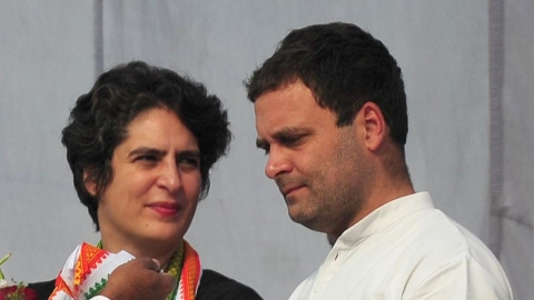 Few have the courage like you, says Priyanka on Rahul's resignation