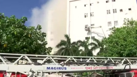 20 rescued from burning MTNL building in Mumbai, many more trapped