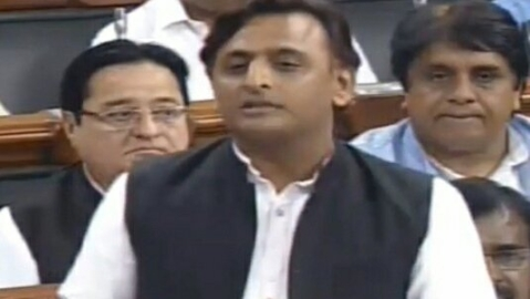 Om Birla stops Akhilesh Yadav from speaking about Unnao rape victim's accident in Lok Sabha