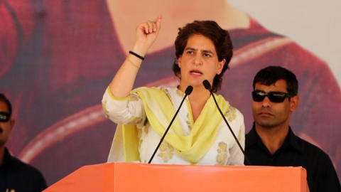 Who is the guarantor allowing 'big bank frauds', says Priyanka Gandhi on RBI report