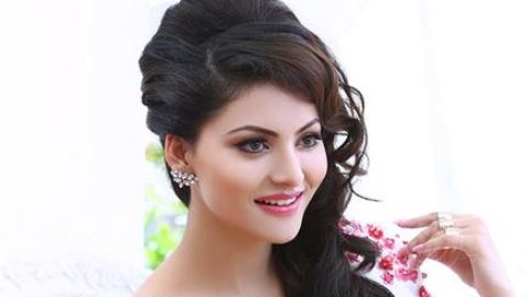 'I never decided to become an actor', says Urvashi Rautela