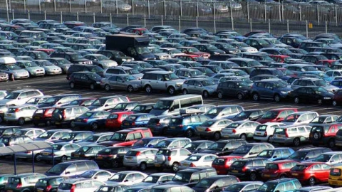 Slowdown continues: Domestic passenger cars sales plunge 36% in July