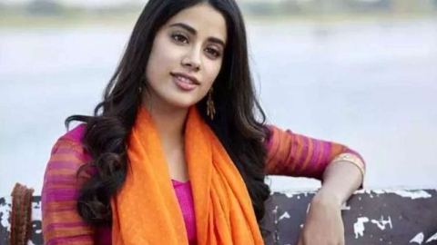 Zoya Akhtar signs Janhvi Kapoor in her next