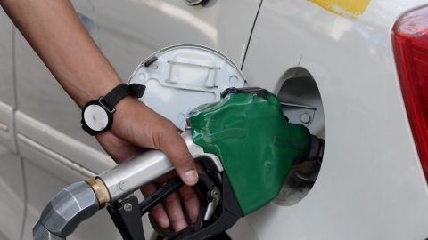Twitterati voice displeasure over fuel prices