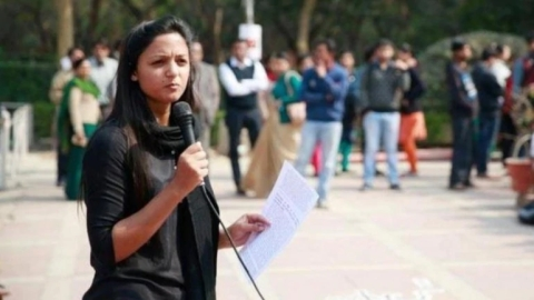 Shehla Rashid booked for sedition by Delhi Police over  posts on Jammu and Kashmir