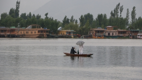 Tourism hit as uncertainty looms large in post-370 Kashmir