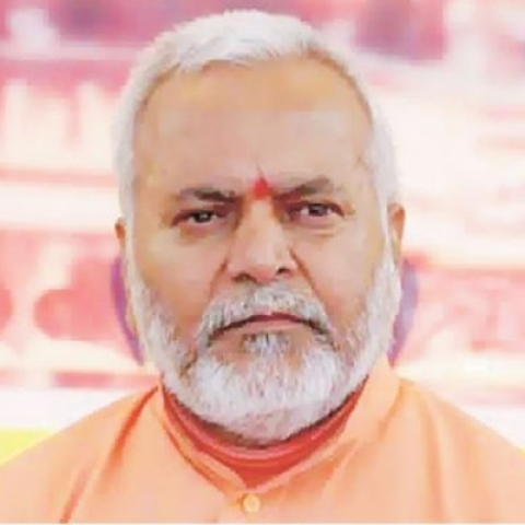 BJP leader Swami Chinmayanand (file photo)