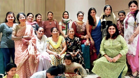 Malad (Mumbai) women show how to deal with hate and bigotry, set an example for the rest of the country
