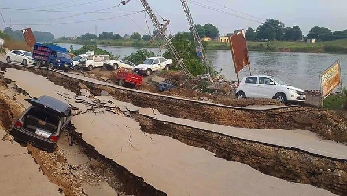 6.3 magnitude quake shakes north India, 19 killed near epicentre in PoK