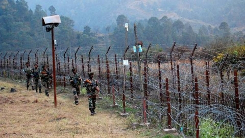 Jammu and Kashmir: Pakistan violates ceasefire in Qasba and Kerni sectors of Poonch district