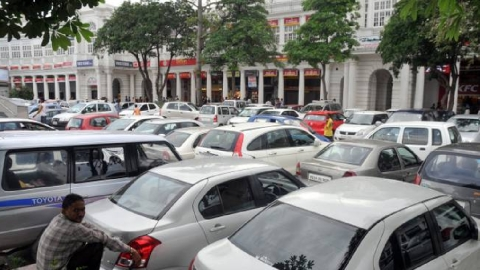 Delhi's new parking plan can cost you ₹1,000 for 10 hrs workday
