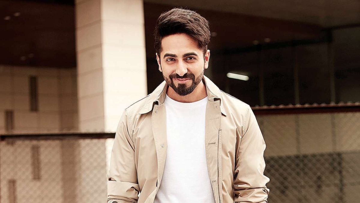 Ayushmann Khurrana tells what's a gentleman, video wins hearts