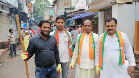 Shikhar Agarwal with Devendra Singh and Vijendra Singh