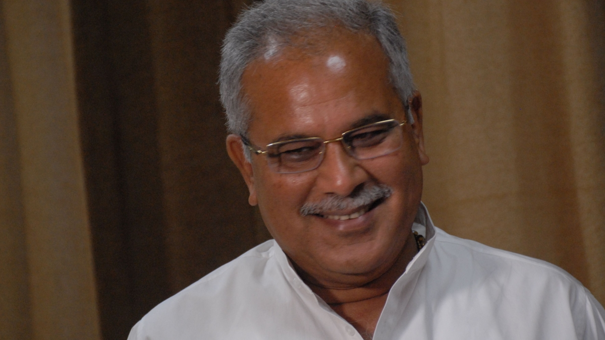 "Savarkar was not ""brave"", unfortunate that BJP wants to award him Bharat Ratna;  says Bhupesh Baghel"