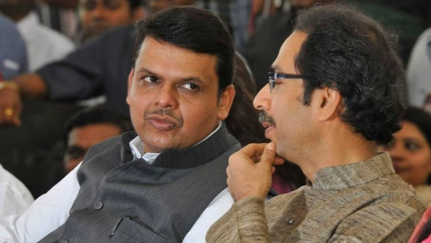 Has RSS advised Fadnavis to 'lay off' Sena?