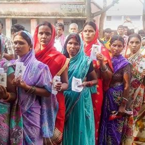 LIVE News Updates: 35% poll percentage recorded in Mumbai City district till 3 pm
