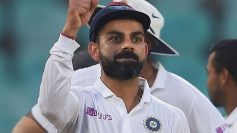 Virat Kohli's 'Tiger Act' sends social media in frenzy
