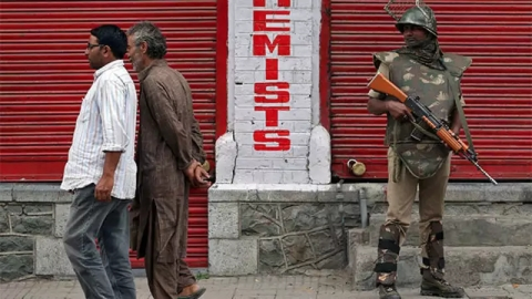 Fresh spurt in violence against outsiders and migrants in Kashmir Valley worrying