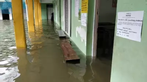 Heavy rains affect polling in Kerala