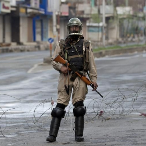 India keeps Kashmir on lockdown for Eid (File Photo)