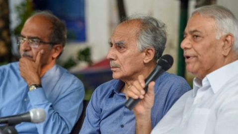 (From left) Lawyer and activist Prashant Bhushan, former ministers Arun Shourie and Yashwant Sinha (Courtesy: Twitter)