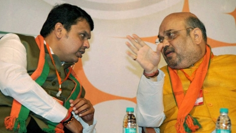 BJP accused of launching 'operation lotus'; Conflicting claims on INC MLAs flown to Jaipur