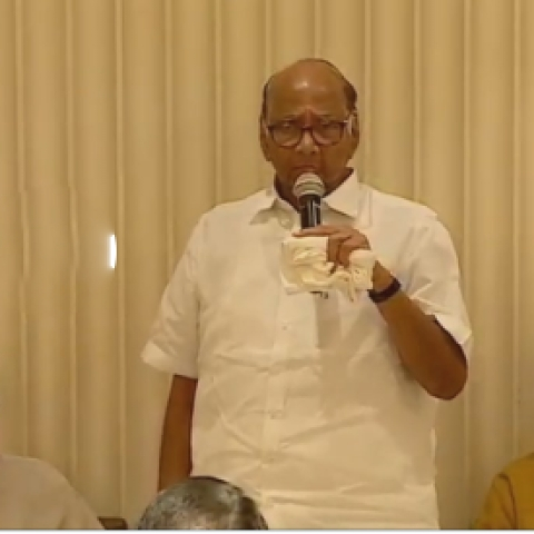 Sharad Pawar addressing a joint meeting of NCP, Shiv Sena and Congress legislators at Hotel Trident in Mumbai on Tuesday, Nov 26, 2019.