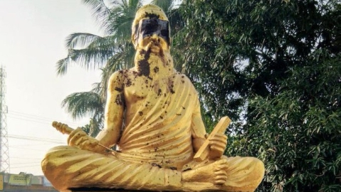 Leaders condemn desecration of Thiruvalluvar statue