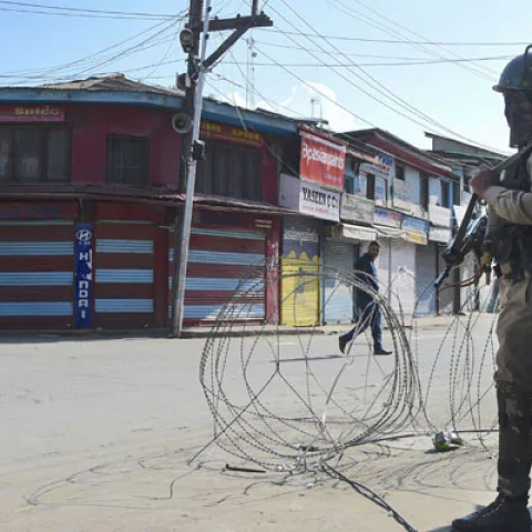 LIVE News Updates: J&K communication blockade - SC fixes Dec 10 as final hearing date