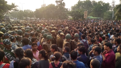 LIVE News Updates: Police exercising control, talks are on with JNU admin and students, says Delhi Police PRO