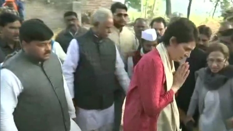 Image result for Priyanka Gandhi arrived in Unnao, rape meeting the families affected