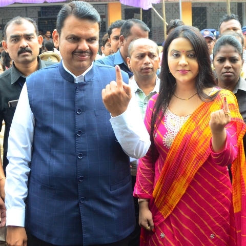 Former Maharashtra CM Devendra Fadnavis with wife Amruta (file photo)