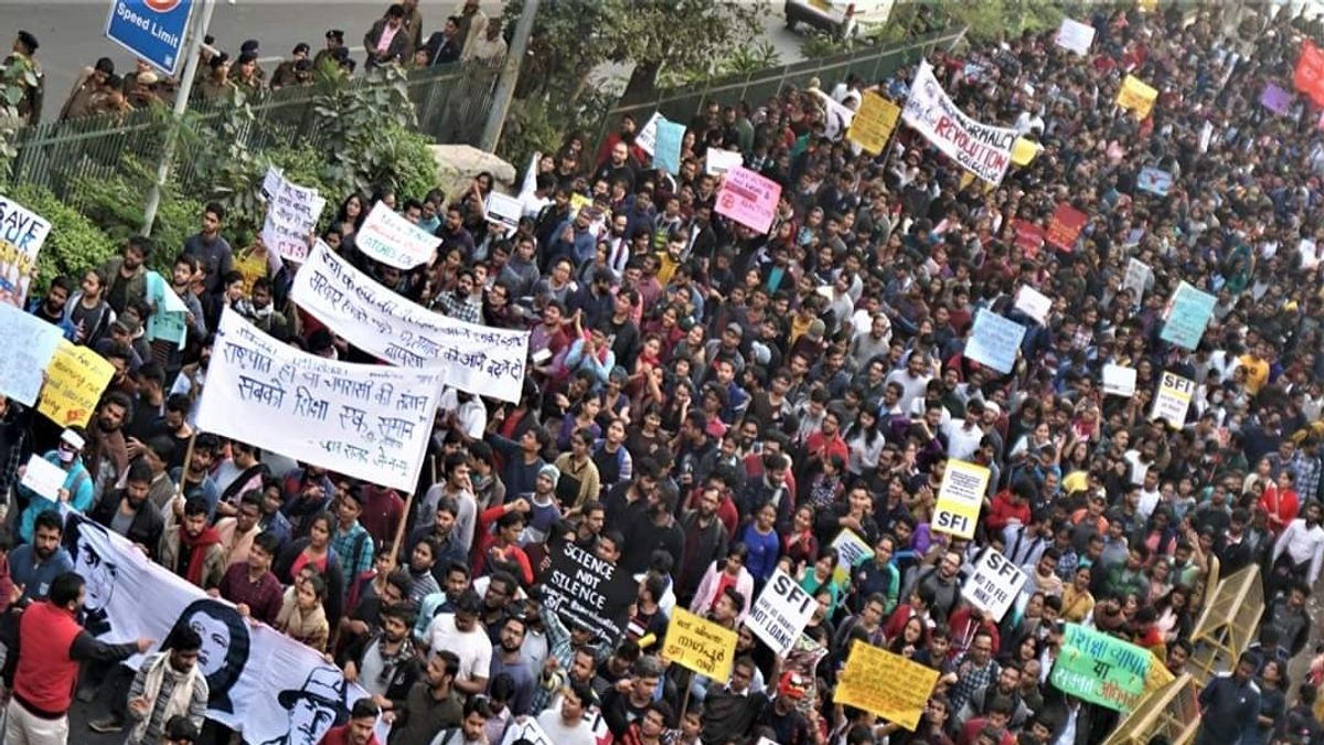JNU VC holds meeting with hostel presidents; no headway