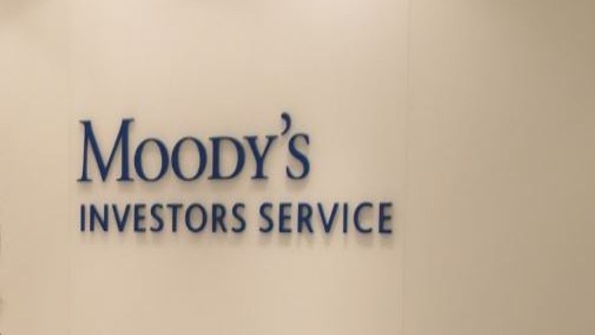 Moody's slashes India GDP growth in 2020 to 2.5%