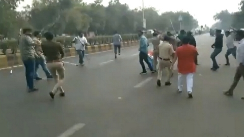 WATCH: NSUI alleges ABVP workers attacked its members  in Ahmedabad,  calls it BJP's autocratic behaviour