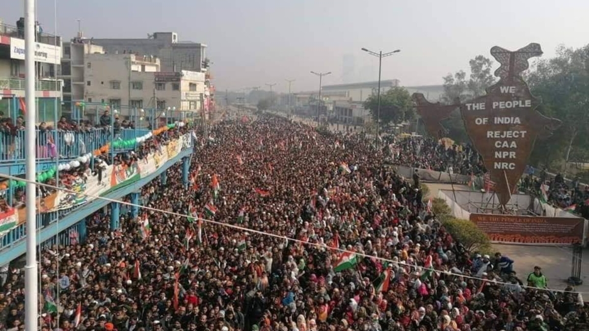Women at Shaheen Bagh celebrate Republic Day and renew their pledge to the Constitution