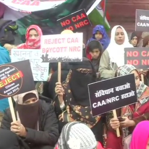 LIVE News Updates: Women continue to sit near Clock Tower to protest against CAA and NRC in Lucknow