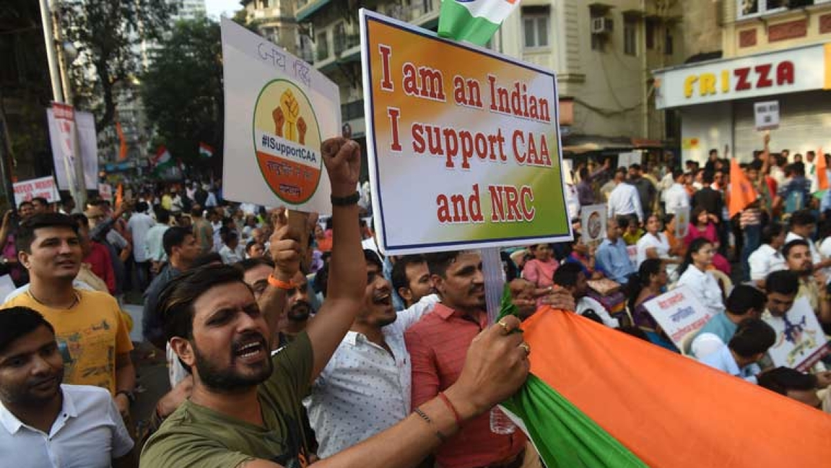 """Goli Maro..."" slogans at pro-Citizenship Act rally in Hyderabad"