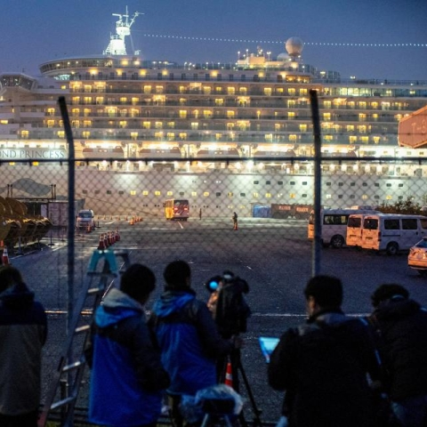 LIVE News Updates: 14 test positive among US plane evacuees from Japan coronavirus ship