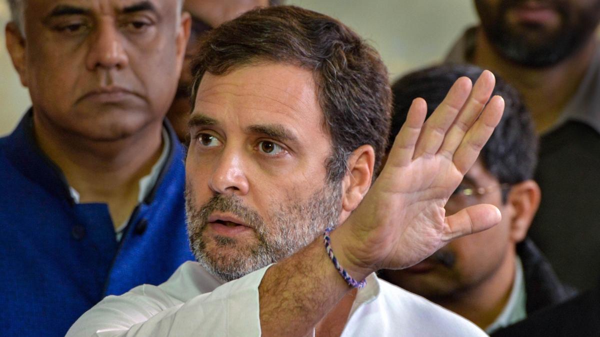 Rahul pays tribute to Bhagat Singh, Rajguru, Sukhdev