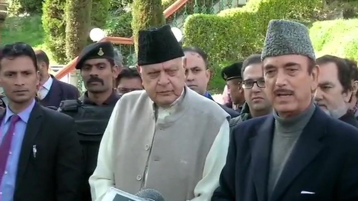 Ghulam Nabi Azad meets Farooq Abdullah, calls for restoration of democracy in Jammu and Kashmir