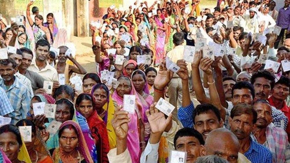 उत्तर प्रदेश निकाय चुनावों में मतदान की फाइल फोटो