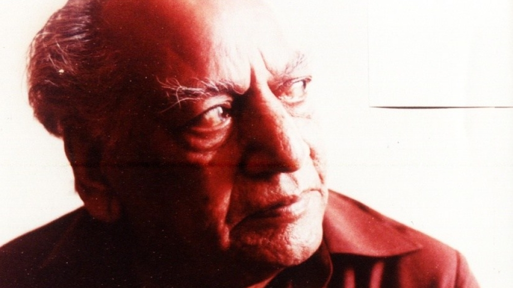 फैज अहमद फैज, आज इस इंकलाबी और रूमानियत वाले शायर का जन्मदिन है