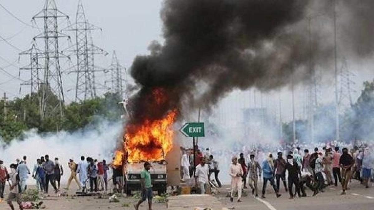 पंचकूला हिंसा: राम रहीम के 53 समर्थकों पर नहीं चलेगा  देशद्रोह का केस, हरियाणा पुलिस नहीं कर सकी सबूत पेश