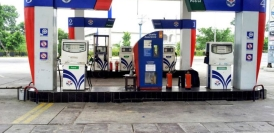 तेल कंपनियों ने बढ़ाए पेट्रोल-डीजल के दाम