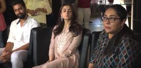 फिल्म राज़ी के प्रमोशन के लिए दिल्ली में मीडिया से बात करते हुए आलिया भट्ट, विक्की कौशल और निर्देशक मेघना गुलजार